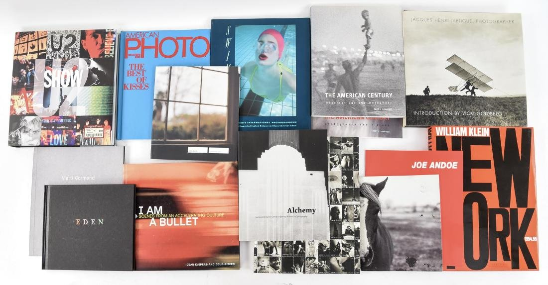 ART AND PHOTOGRAPHY BOOKS