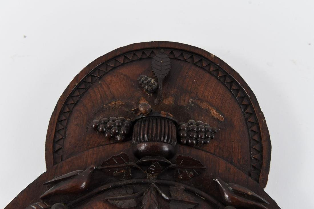 VICTORIAN CARVED WOODEN MIRROR - 5