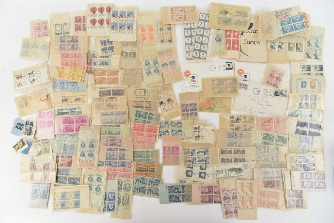GROUPING OF AMERICAN & FOREIGN STAMPS