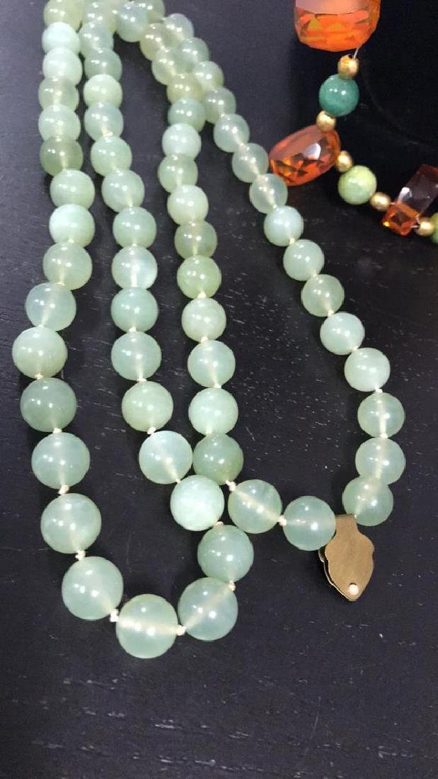 (2) NECKLACES INCLUDING JADEITE AND AMBER - 3