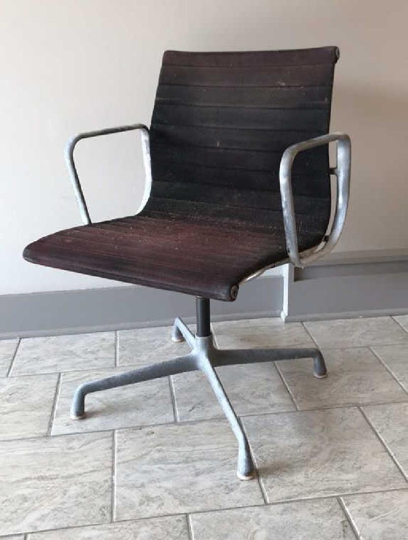HERMAN MILLER ALUMINUM GROUP MANAGEMENT CHAIR