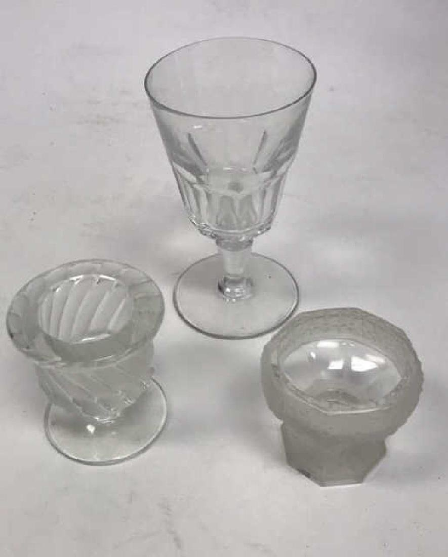 BACCARAT AND LALIQUE GLASS GROUPING