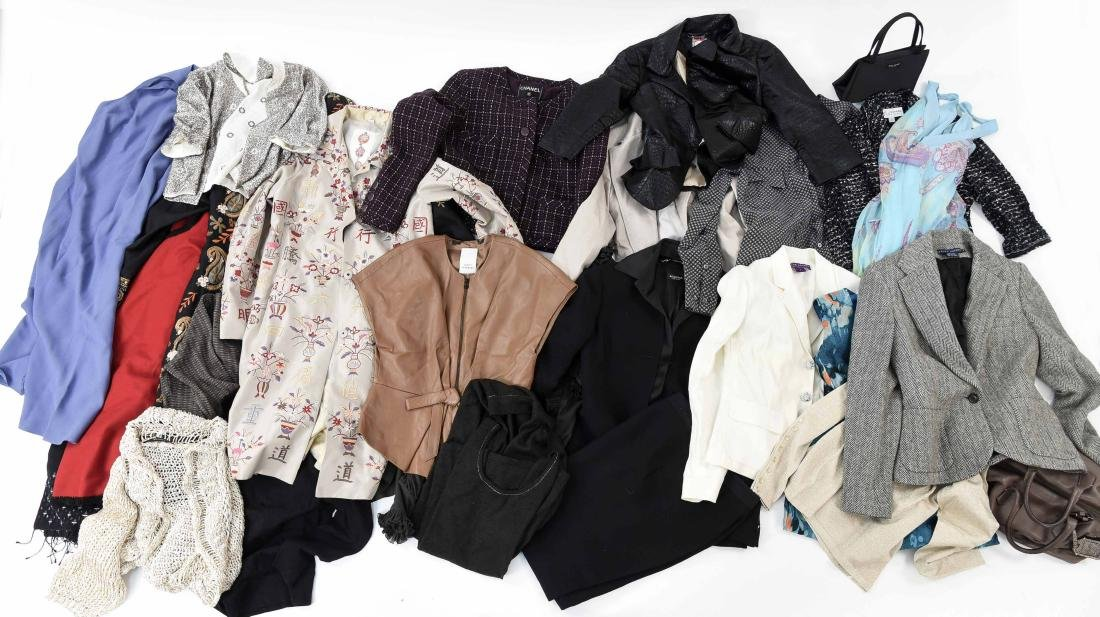 WOMANS CLOTHING GROUPING