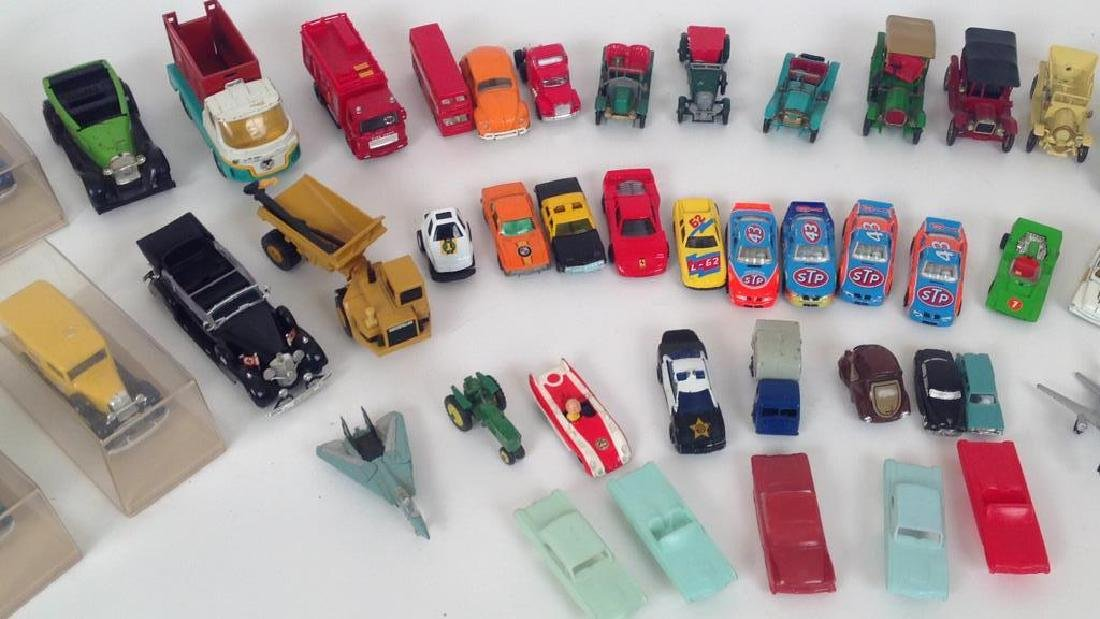 VINTAGE TOY GROUPING - 4