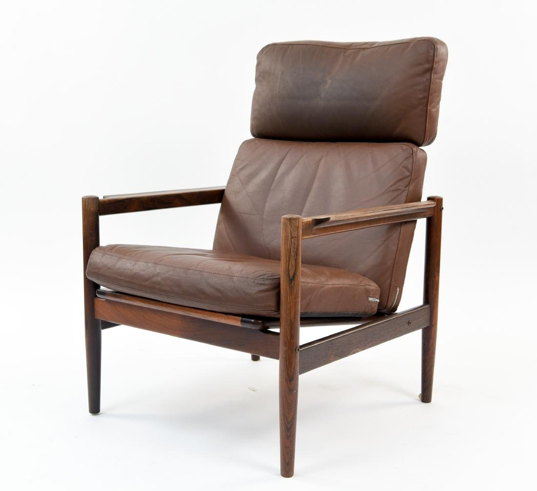 ARNE VODDER STYLE LEATHER & ROSEWOOD LOUNGE CHAIR