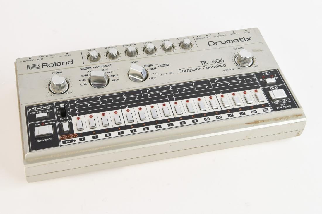 ROLAND VINTAGE DRUM MACHINE DRUMATIX TR-606