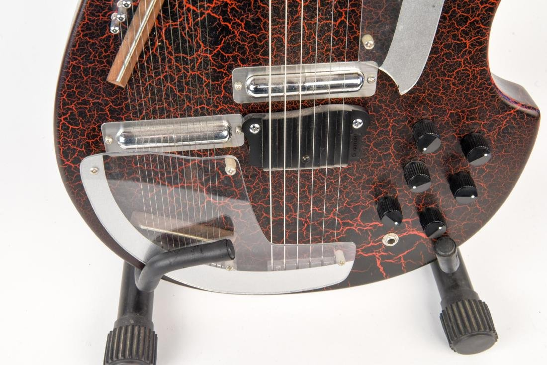 ROGUE ELECTRIC GUITAR - 6