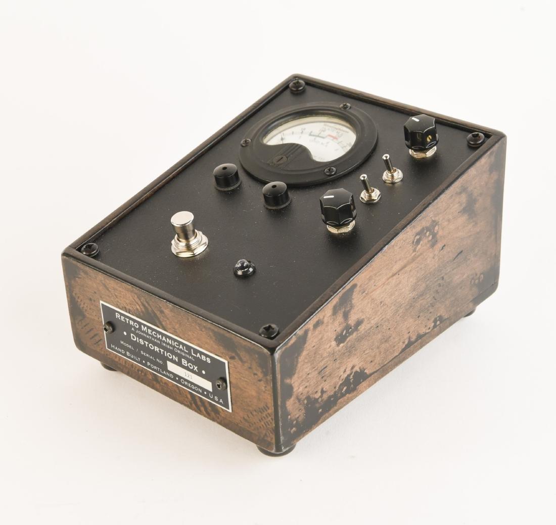 RML DISTORTION BOX GUITAR PEDAL
