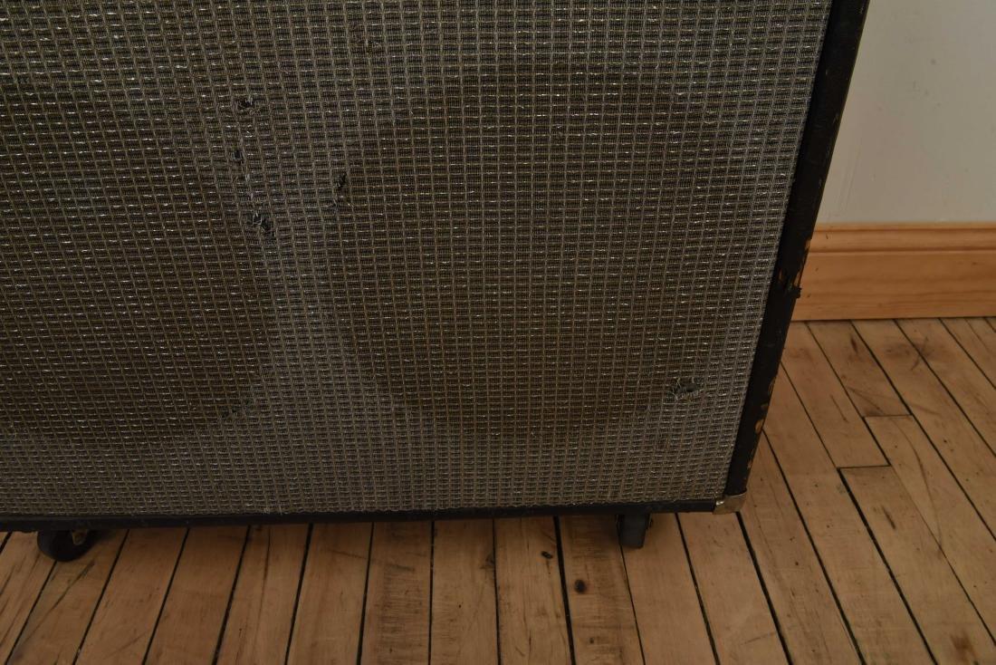 FENDER TWIN REVERB VINTAGE GUITAR AMP - 8