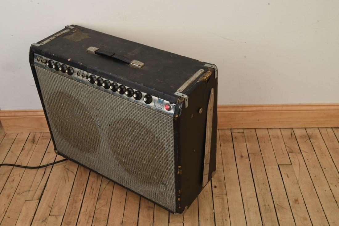 FENDER TWIN REVERB VINTAGE GUITAR AMP - 9