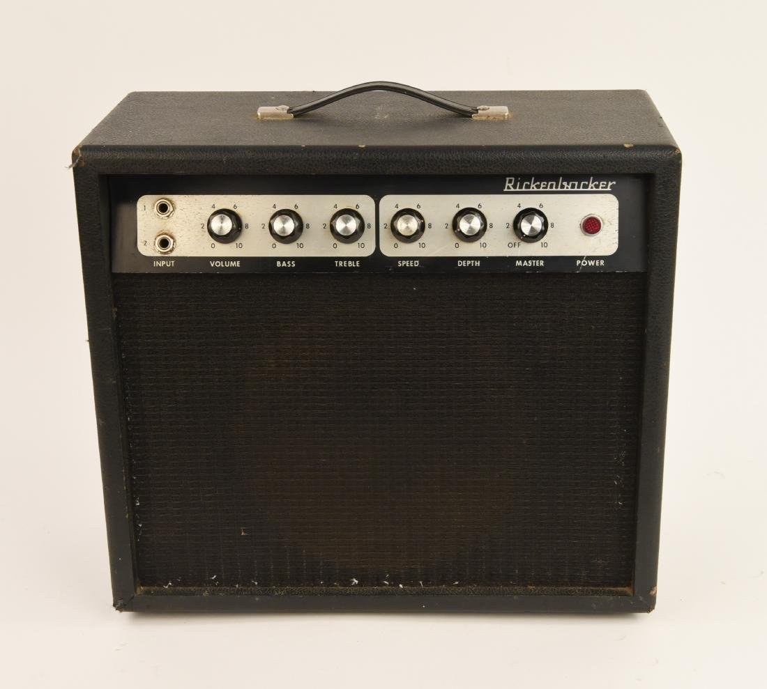 RICKENBACKER MODEL TR7 VINTAGE GUITAR AMP