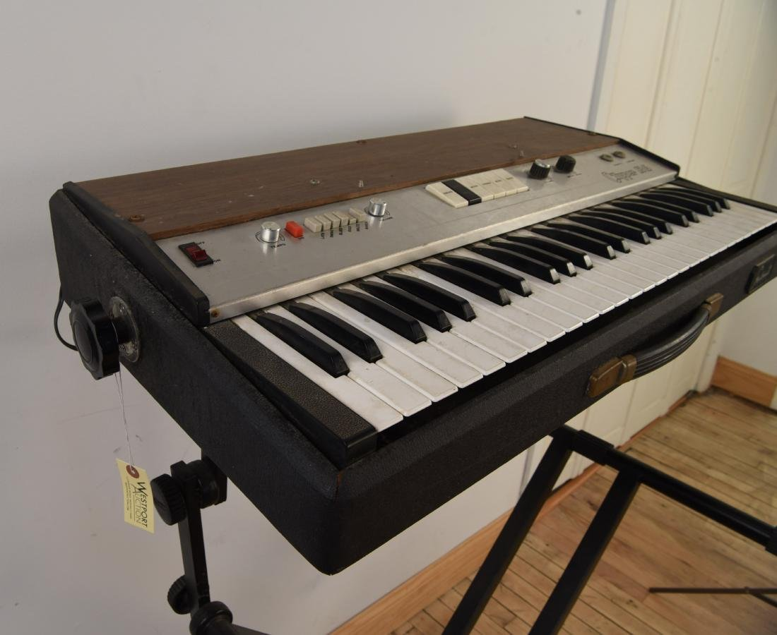 GALANTI MODEL CLIPPER R6 VINTAGE ORGAN - 5