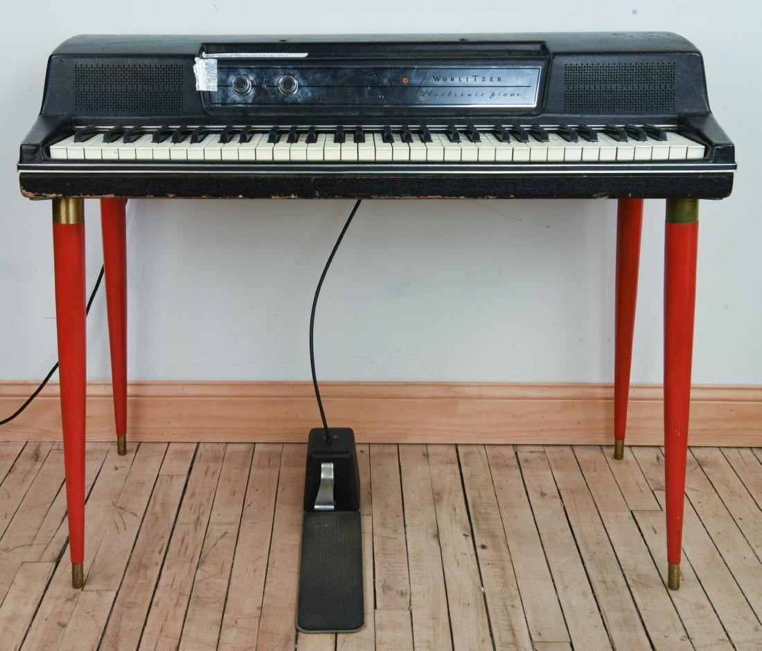 WURLITZER MODEL 200A ELECTRIC PIANO