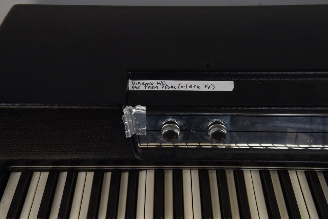 WURLITZER MODEL 200A ELECTRIC PIANO - 3