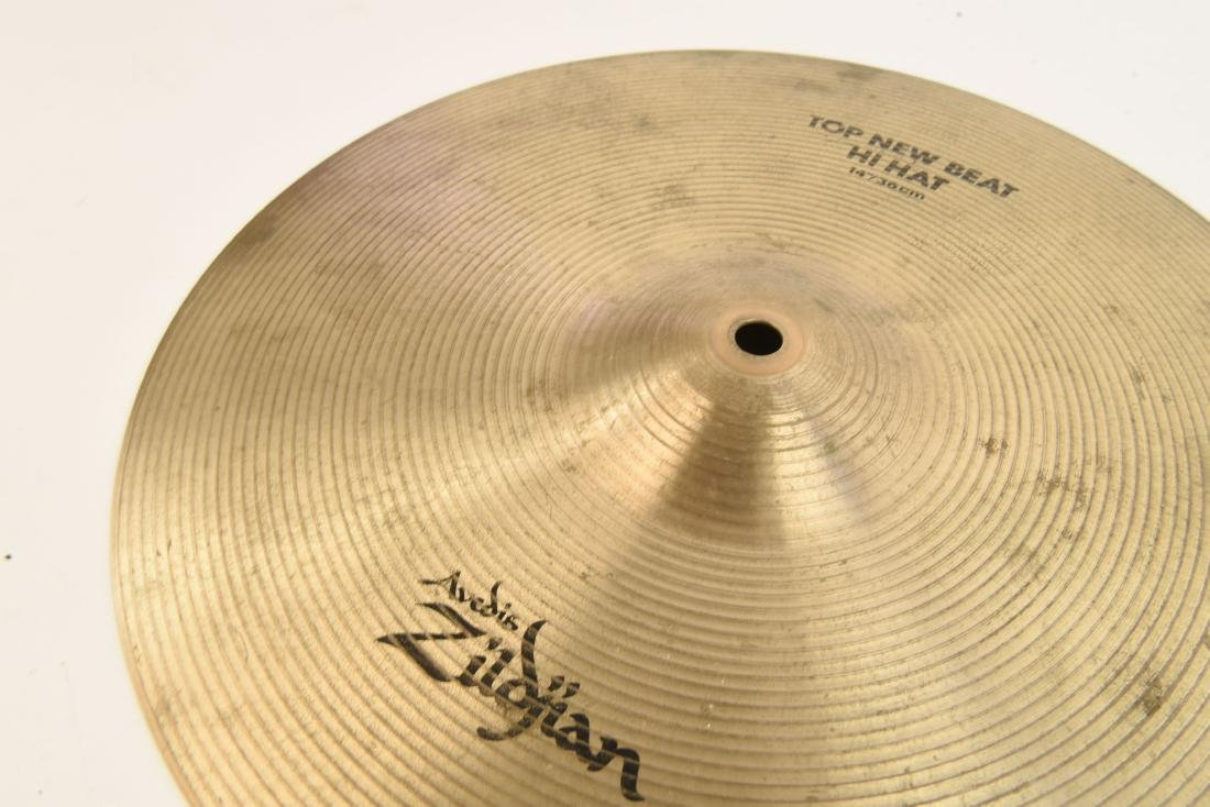 ZILDJIAN 14 INCH NEW BEAT HI HATS PAIR - 4