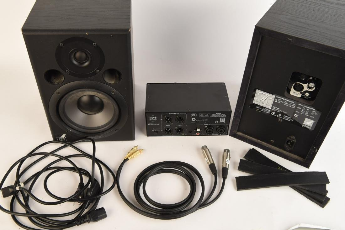 PAIR EVENT TUNED REFERENCE 6 MONITOR SPEAKERS - 10