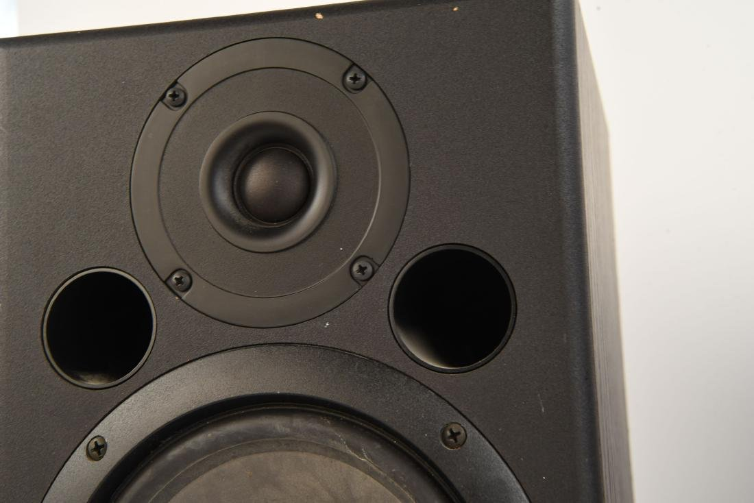 PAIR EVENT TUNED REFERENCE 6 MONITOR SPEAKERS - 6
