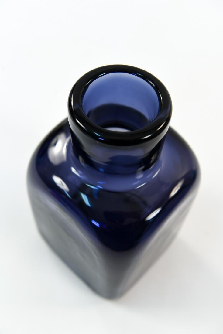 CARLO SCARPA FOR VENINI CLOSE MOUTH GLASS VASE - 3