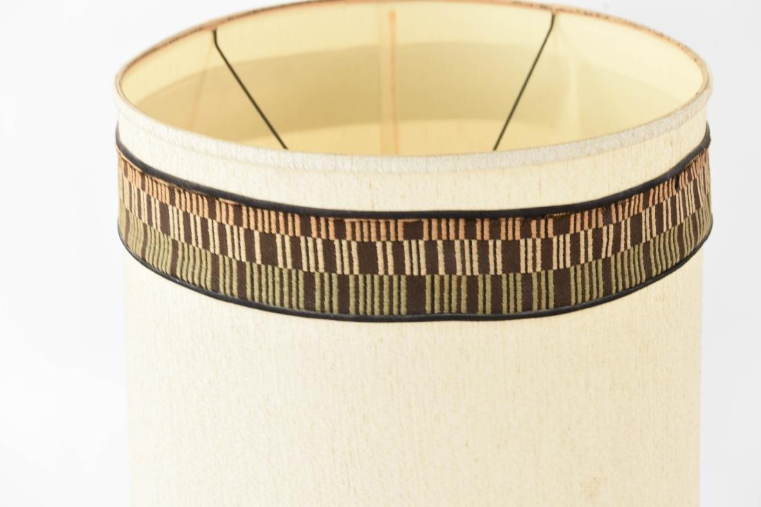 MID-CENTURY CERAMIC LAMP - 2