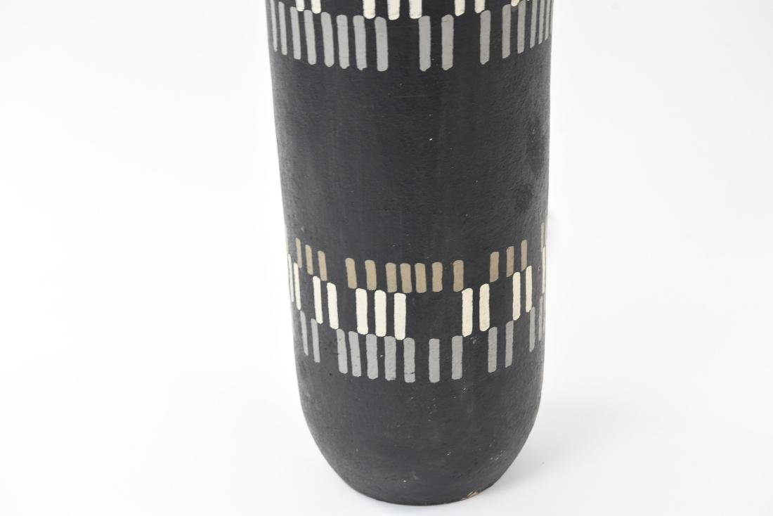 MID-CENTURY CERAMIC LAMP - 6