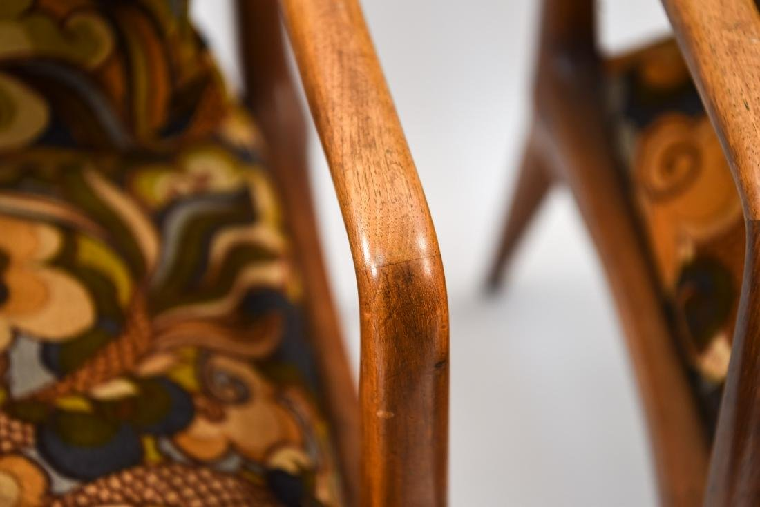 PAIR OF MID-CENTURY LOUNGE CHAIRS - 5