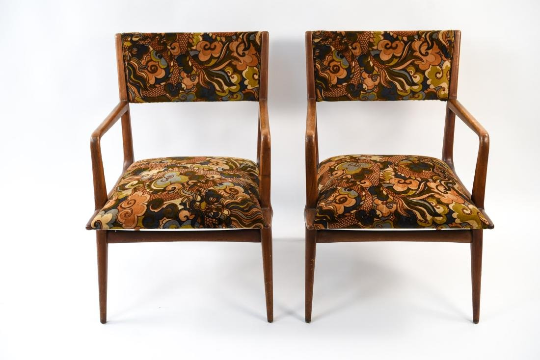 PAIR OF MID-CENTURY LOUNGE CHAIRS - 8