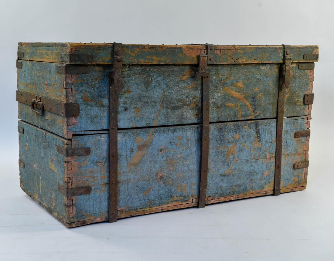 ROBINS EGG BLUE DOVETAILED IMMIGRANTS CHEST - 2