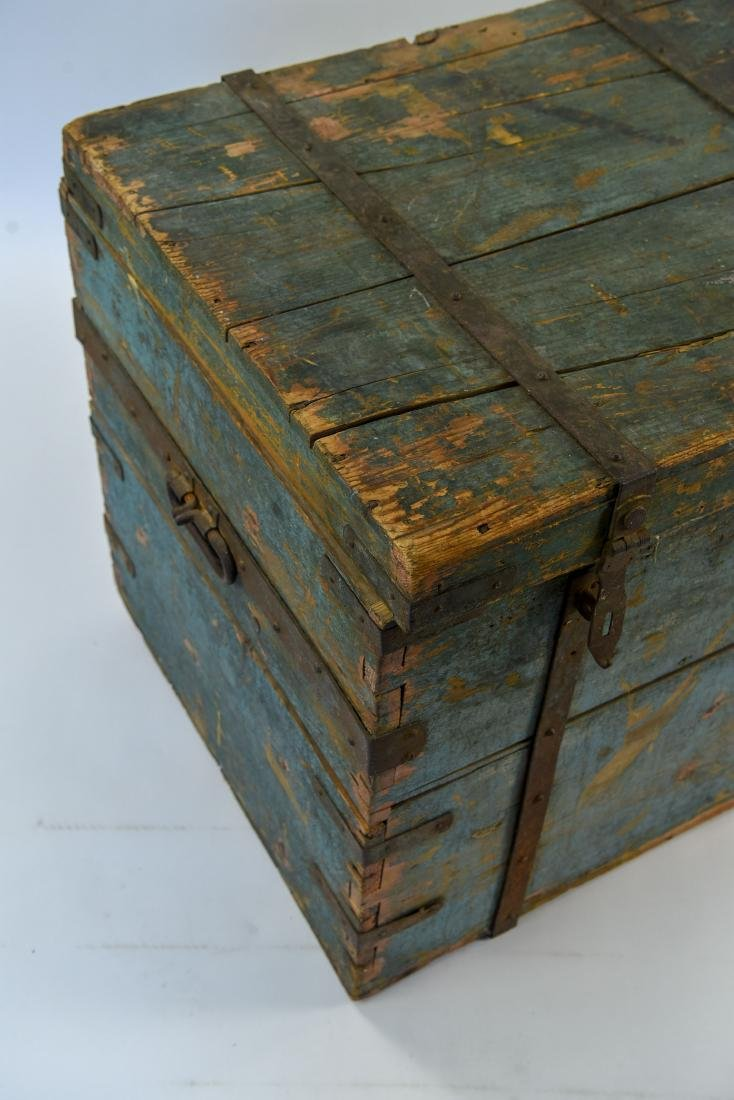 ROBINS EGG BLUE DOVETAILED IMMIGRANTS CHEST - 3