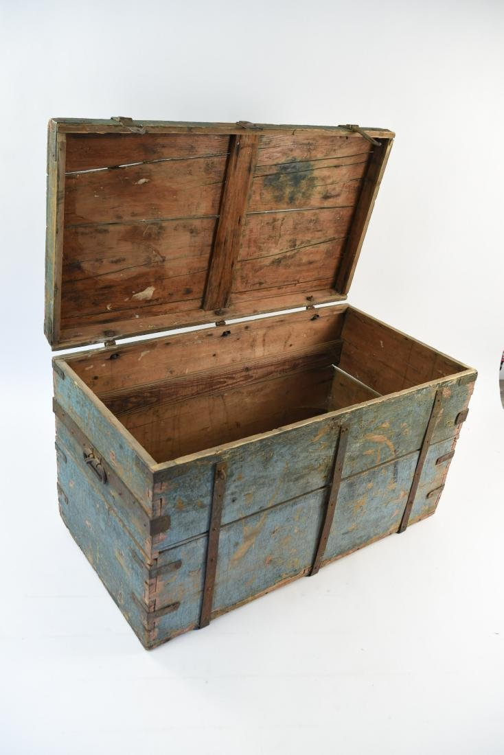 ROBINS EGG BLUE DOVETAILED IMMIGRANTS CHEST - 8