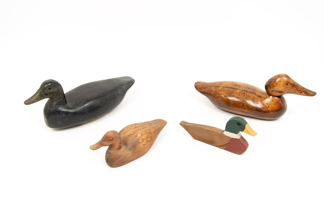 CARVED DUCK DECOY GROUPING
