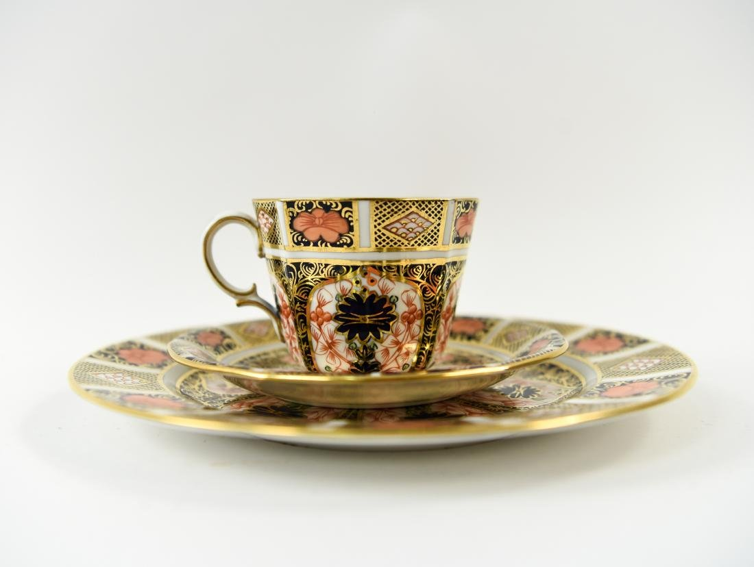 ROYAL CROWN DERBY ENGLISH PORCELAIN SERVICE FOR 12 - 3