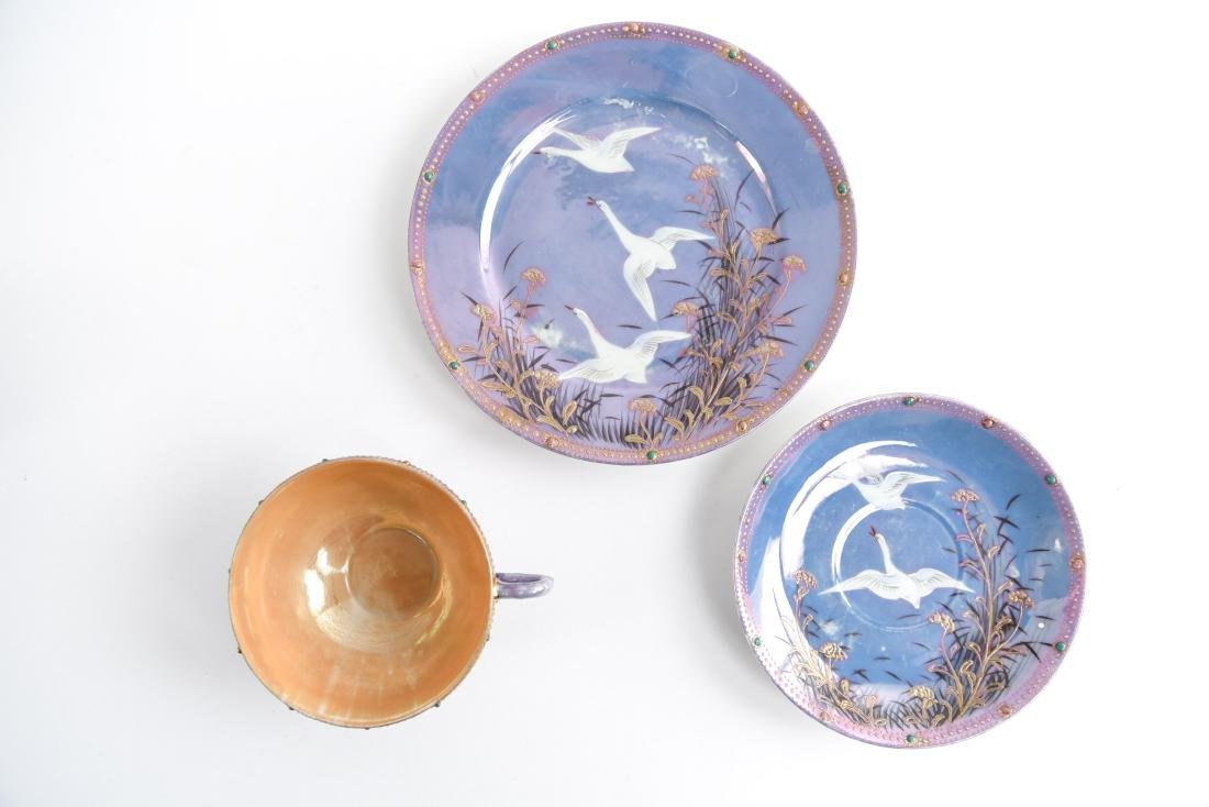 JAPANESE PORCELAIN GROUPING - 9