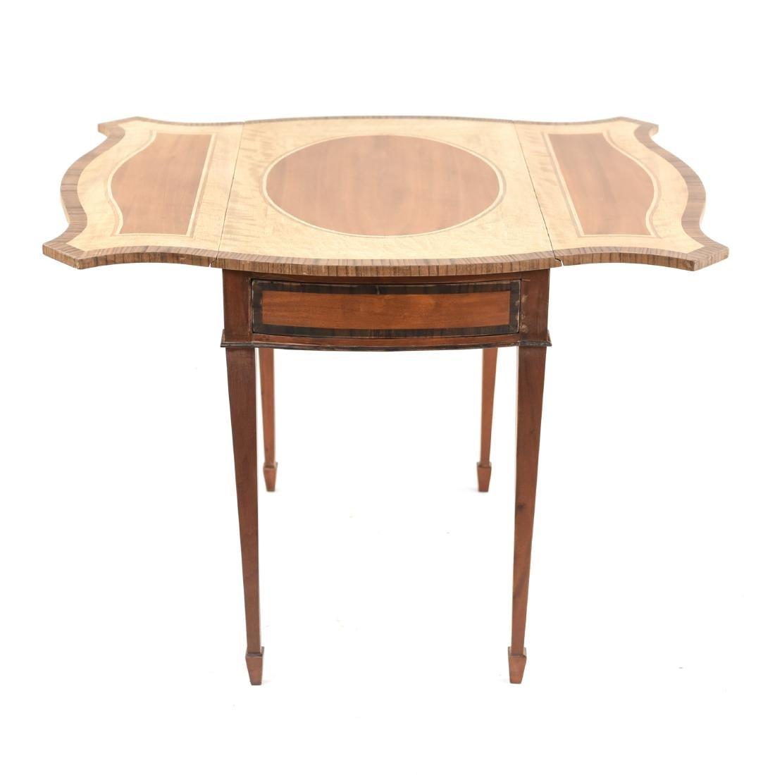 PEMBROKE TABLE - 8