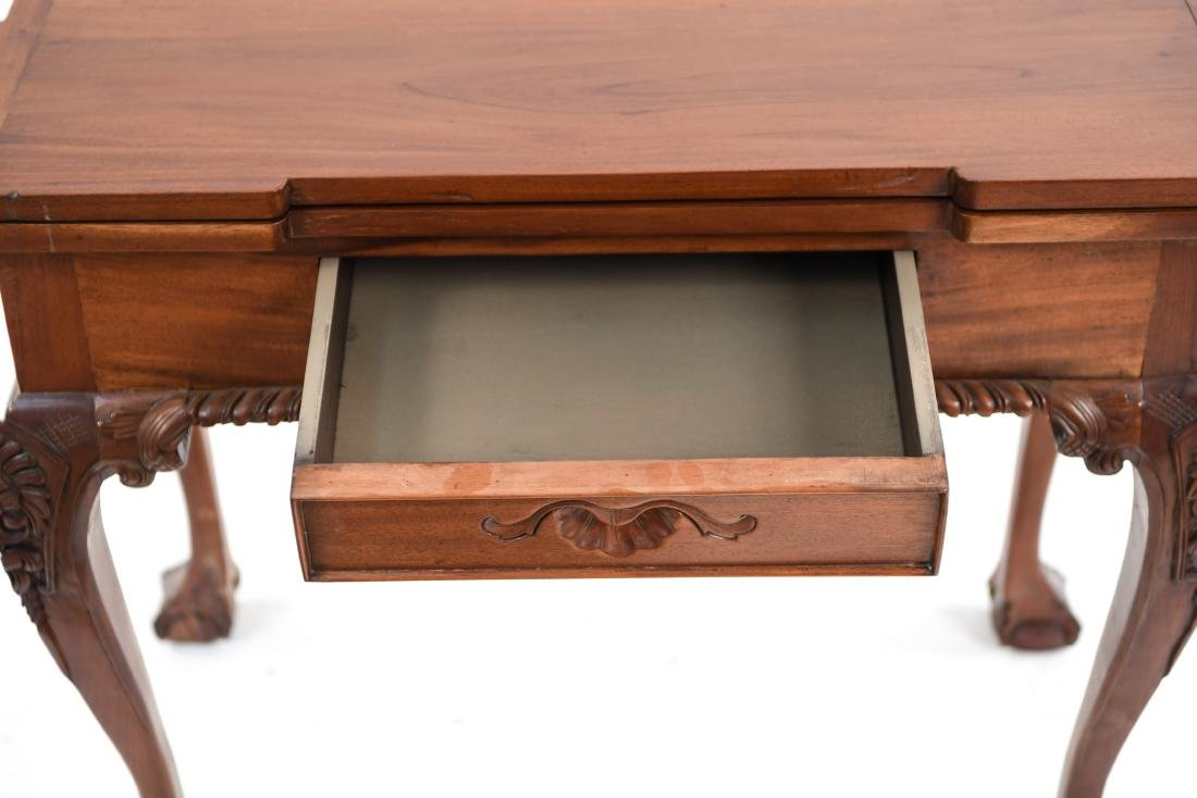 BALL AND CLAW FOOT GAMING TABLE - 7