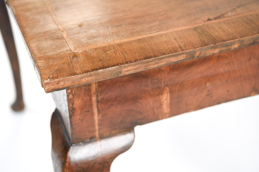 ANTIQUE QUEEN ANNE STYLE TABLE - 15