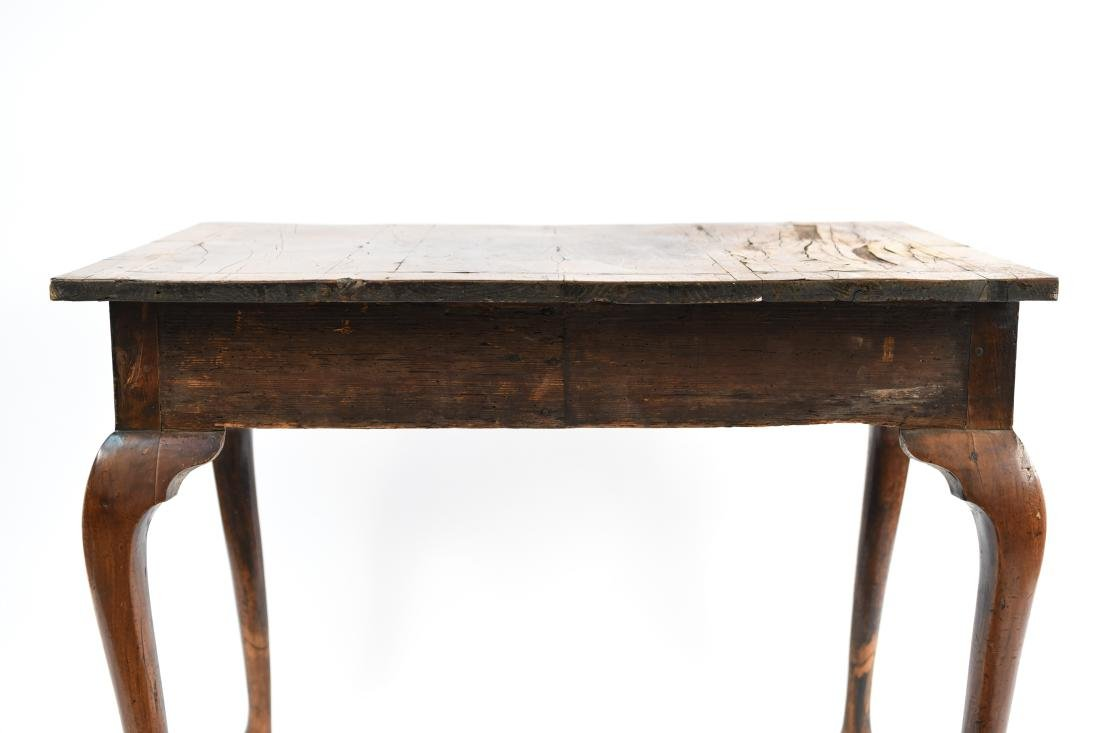 ANTIQUE QUEEN ANNE STYLE TABLE - 19