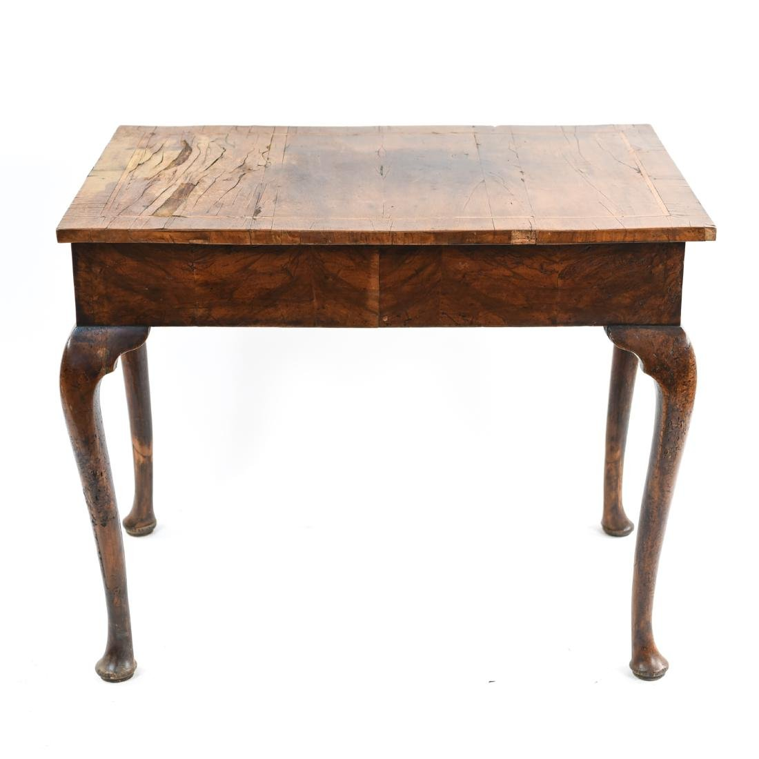 ANTIQUE QUEEN ANNE STYLE TABLE