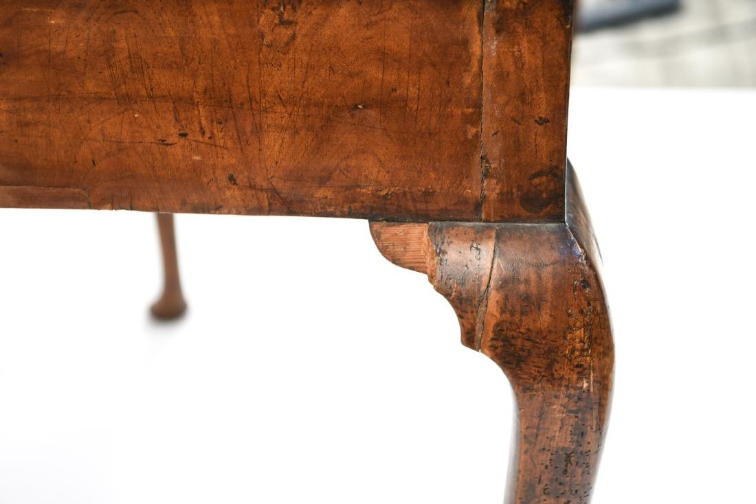 ANTIQUE QUEEN ANNE STYLE TABLE - 8