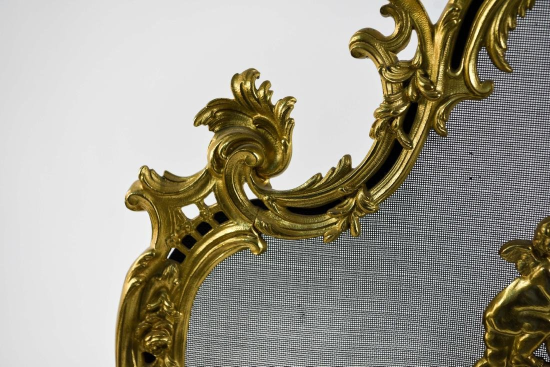 EARLY 19TH C. ORNATE FRENCH BRASS FIREPLACE SCREEN - 5
