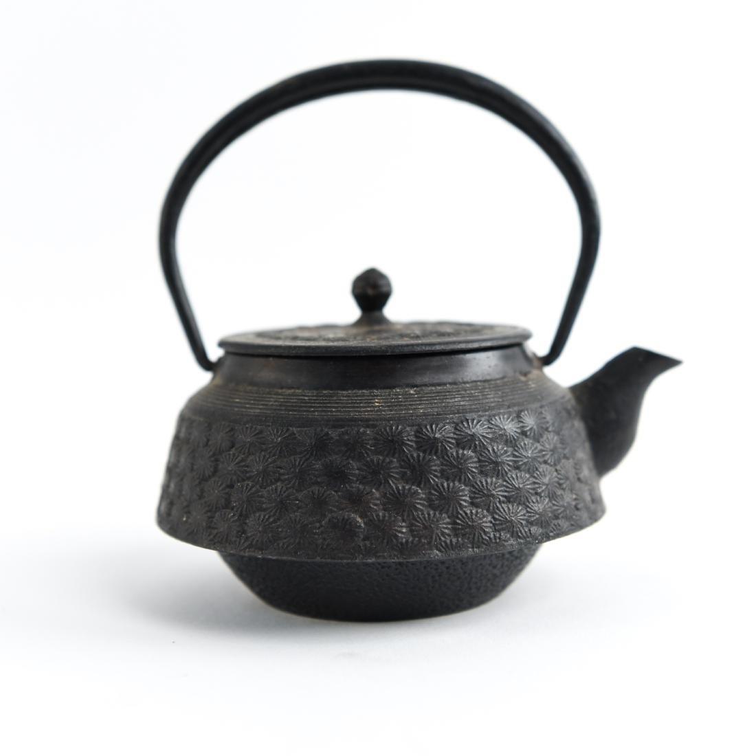 (2) JAPANESE IRON TEA POTS - 6