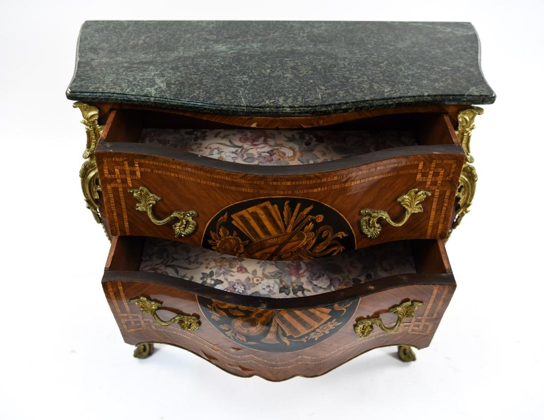 20TH C. DECORATIVE FRENCH MARBLE TOP COMMODE - 5