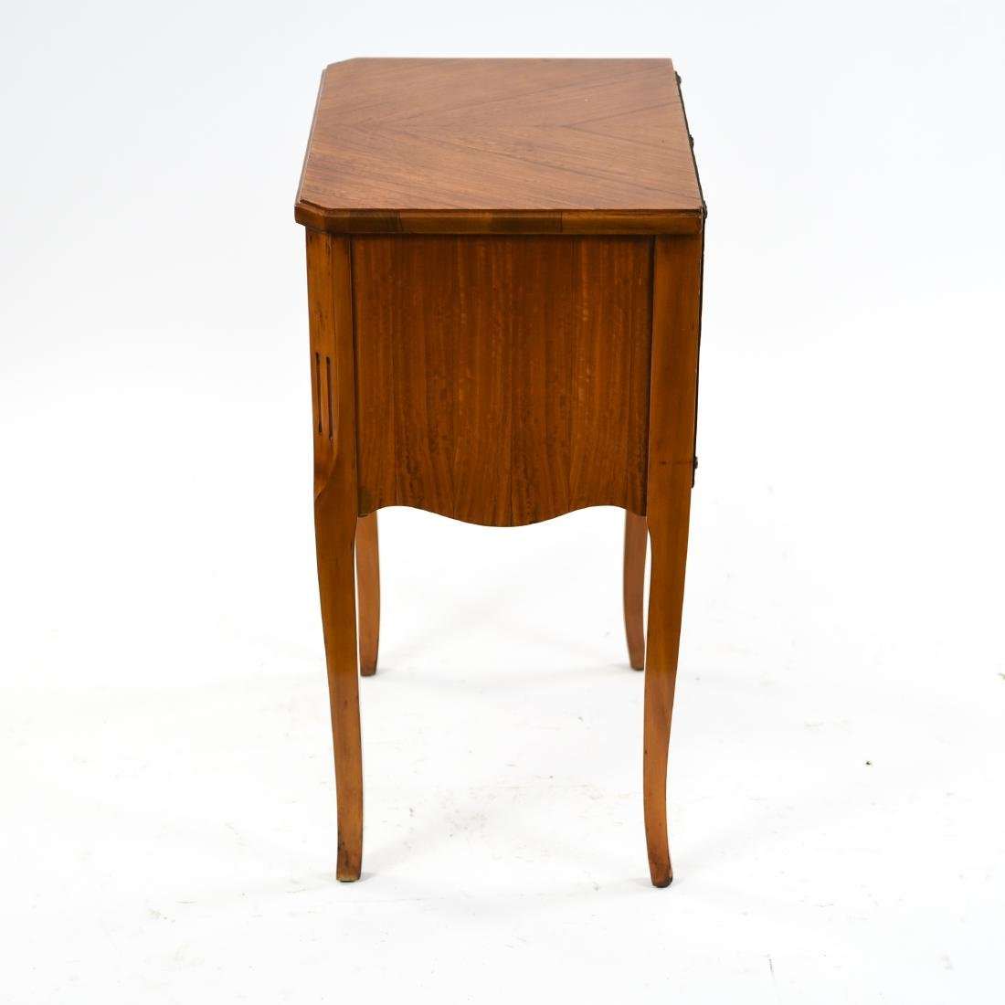 ANTIQUE FRENCH END TABLE STAND - 9