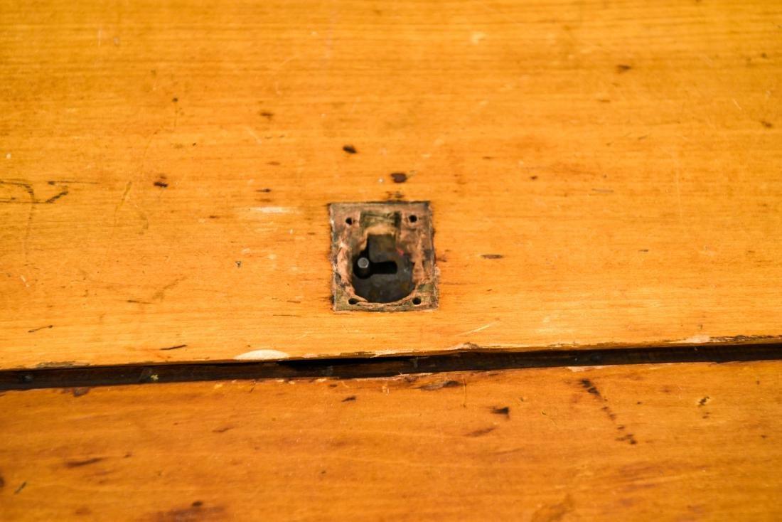 PINE DROP LEAF TABLE W/ LEAVES - 5