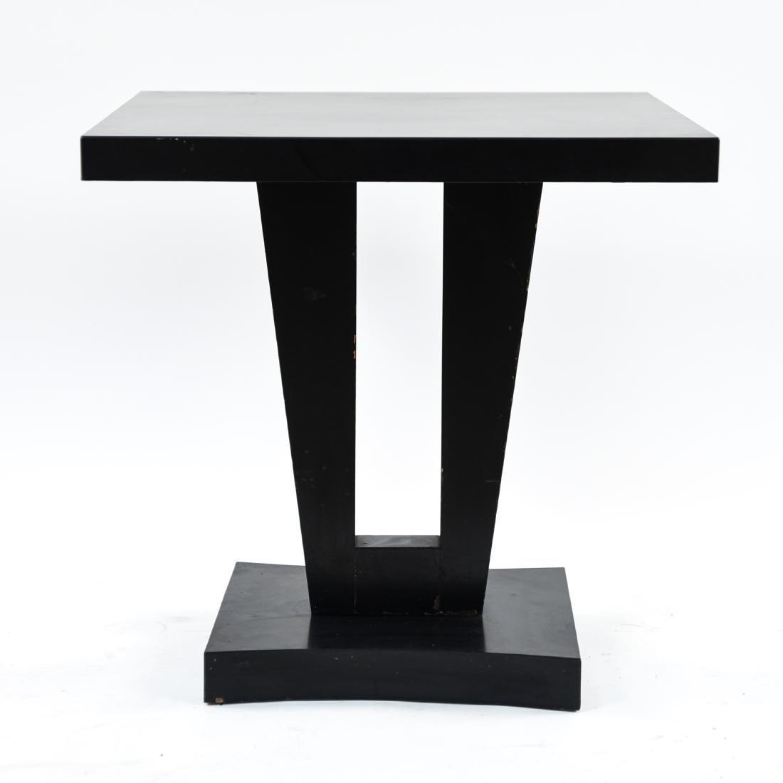 MID-CENTURY KEYHOLE TABLE - 2