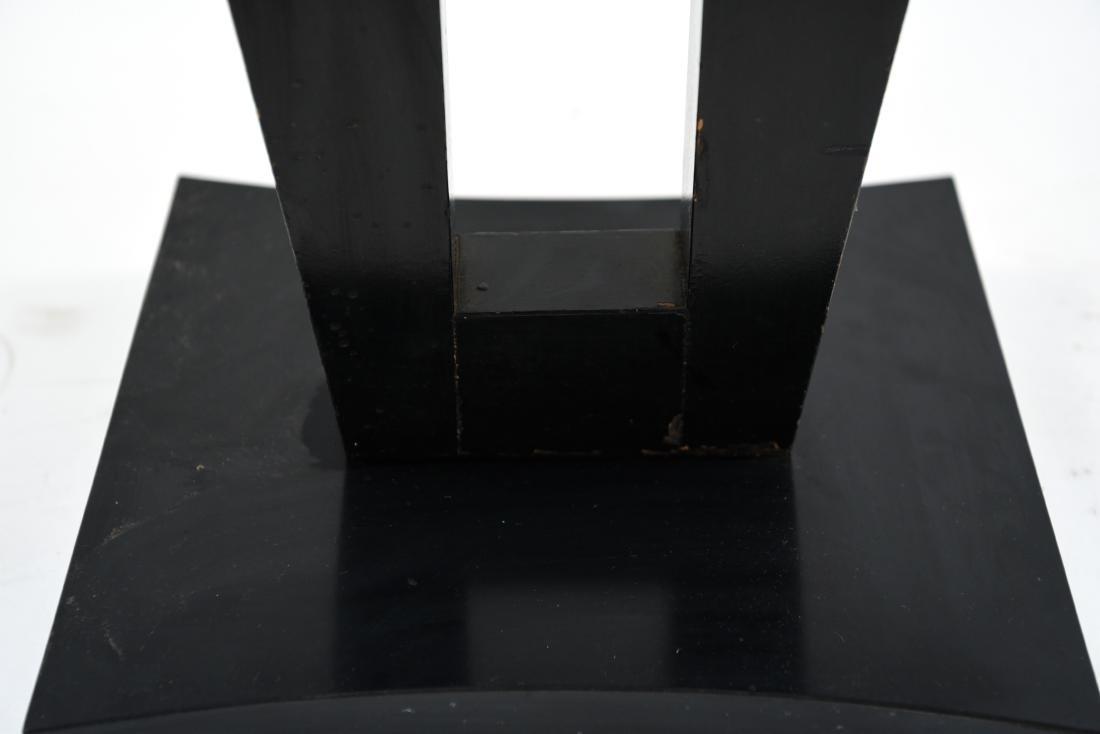 MID-CENTURY KEYHOLE TABLE - 4
