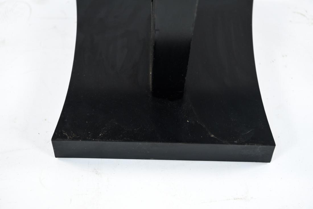 MID-CENTURY KEYHOLE TABLE - 8