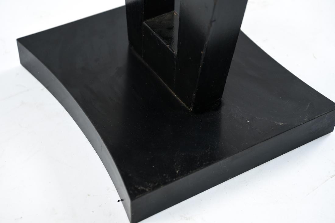 MID-CENTURY KEYHOLE TABLE - 9