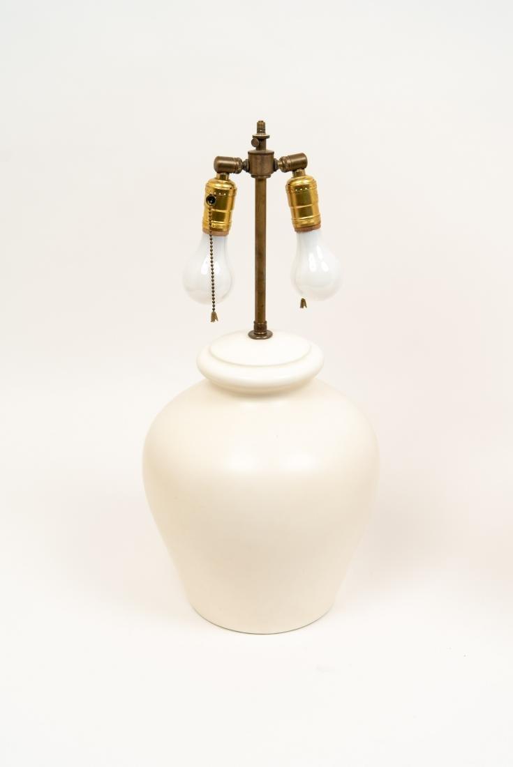 PAIR OF WHITE CERAMIC LAMPS - 7