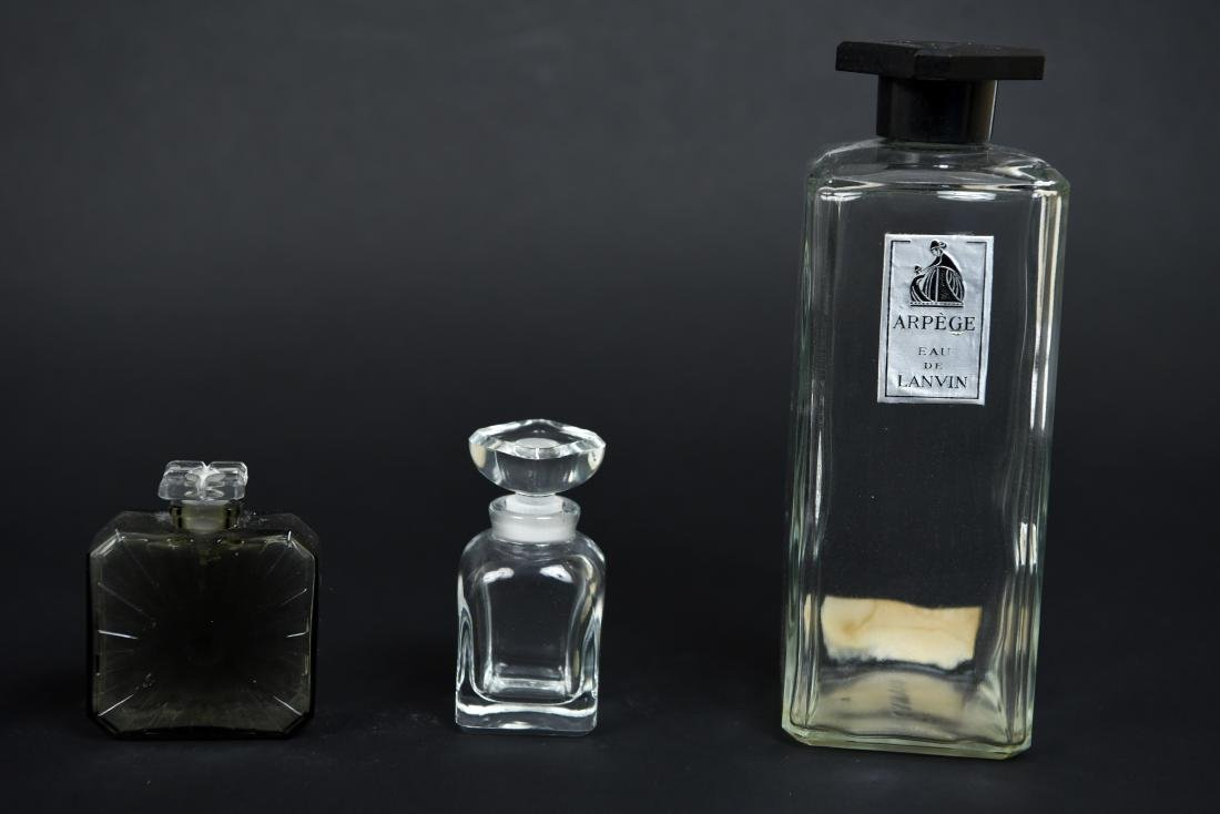 PERFUME BOTTLE GROUPING - 4