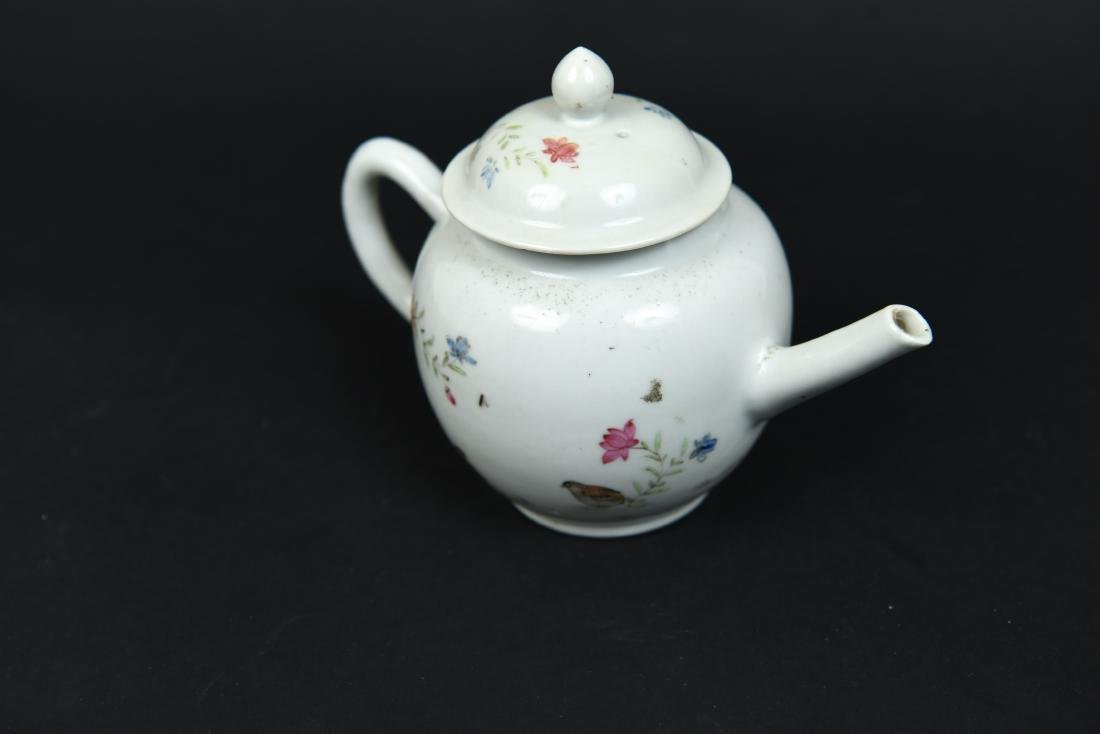 CHINESE EXPORT TEAPOT C. 1780 - 3